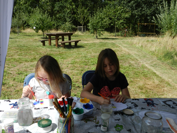 children making butterflies